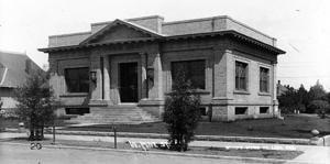 Vintage View: Lodi's Carnegie Library
