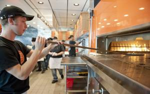 Pizza ready in 3 minutes at new Lodi restaurant