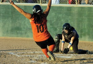 Sarah Buyco's early bomb sends Tin Grins to Babe Ruth 16U Softball championship