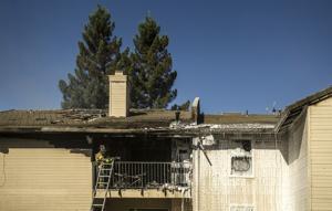 Fire destroys Lodi apartment