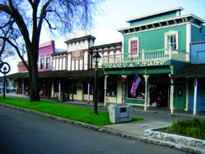 Shop Folsom's main drag: Vintage vibe, history lessons, watering holes