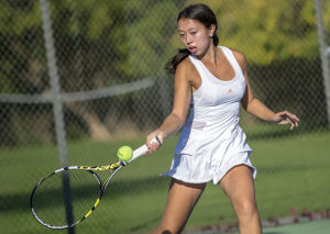 Girls tennis: Flames, Tigers serve up playoff thriller