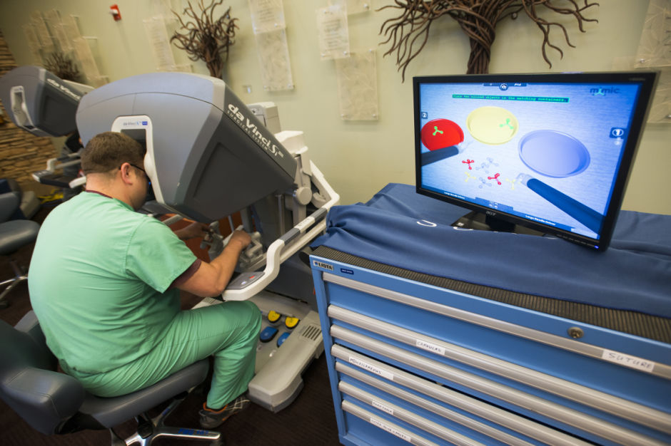 Lodi Healths robotic system allows for shorter, more precise surgeries 