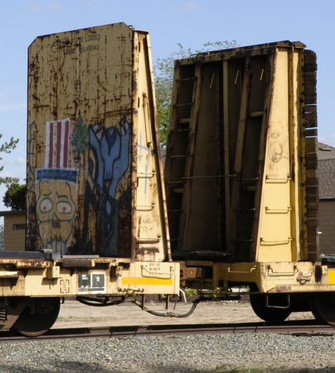 Some abandoned boxcars removed from Acampo tracks