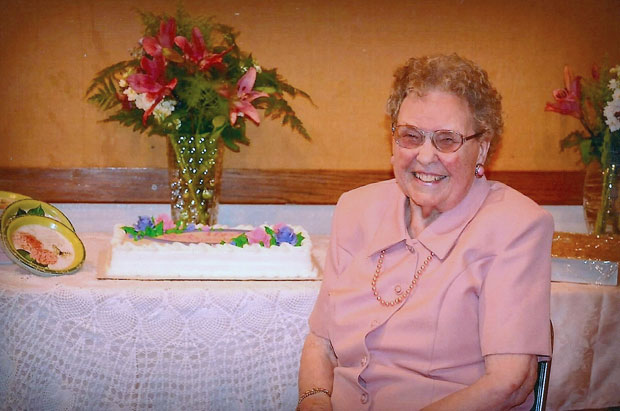 Lodi's Frances Cross celebrates her 100th birthday