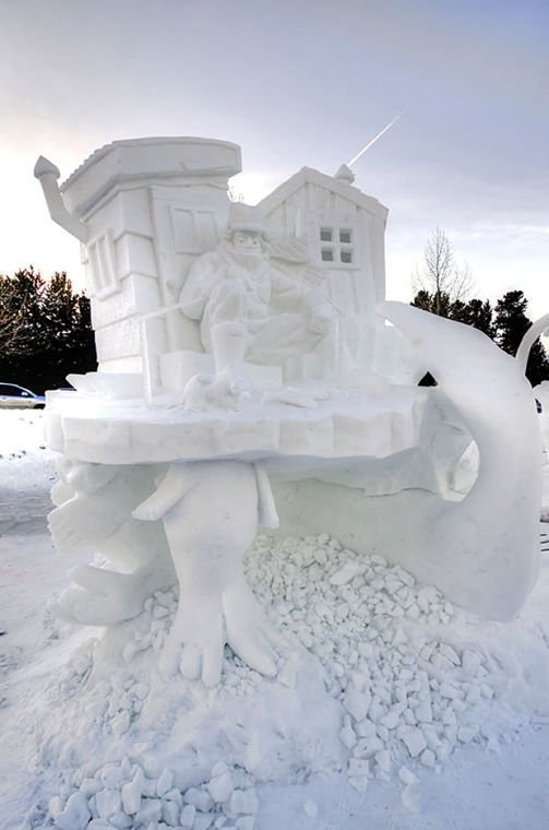 Teams battle for best ice sculpture at Lake Tahoe carving competition