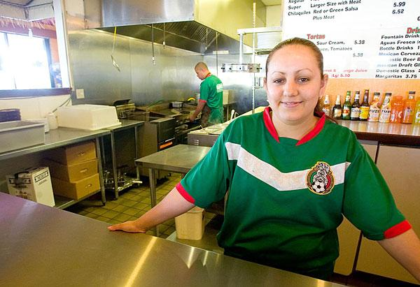 Midtown Taqueria wins fans with soccer, chili rellenos