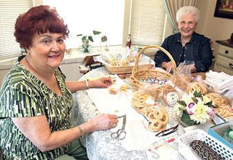 Portuguese organization festively serves local charities