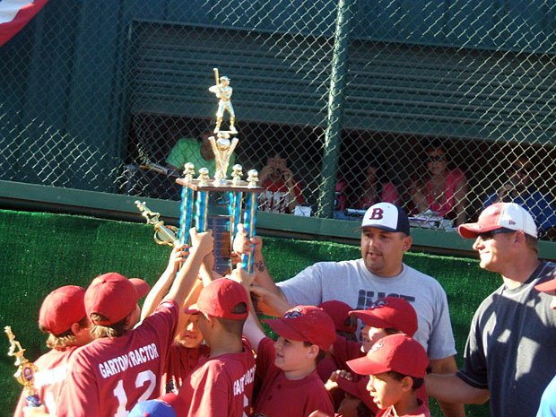 Rodriguez family celebrates Little League championship