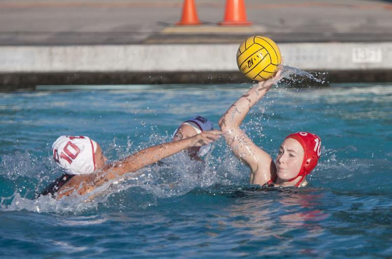 Water polo: Flames sink Trojans