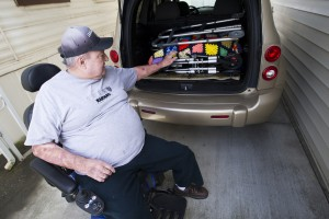 Good Samaritan gives wheelchairs to elderly scam victim