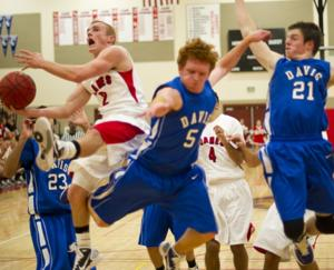 Lodi Flames use 25-3 spurt to race past the Davis Blue Devils