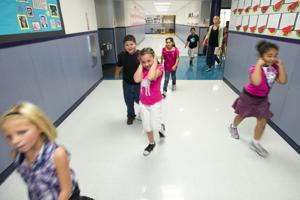 Lodi students practice safety in earthquake drills