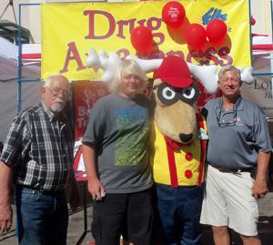 Lodi Elks host drug awareness booth