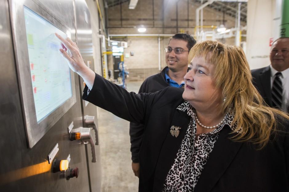 Lodi City Council dedicates water treatment plant