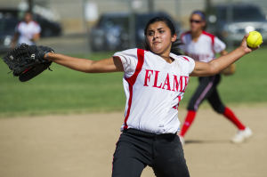 Softball: Lodi Flames seasoned for success