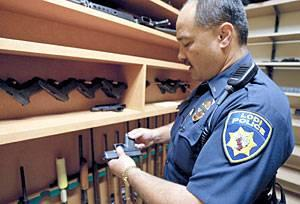 Lodi police officers to get new Glock handguns
