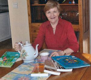 American Association of University Women will host author's tea to raise scholarship funds