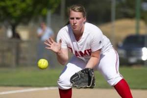 Lodi Flames top Lincoln Trojans, stay in softball playoff hunt