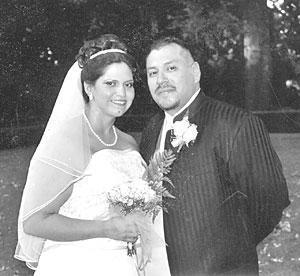 Davila, Estrella marry in September