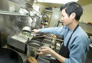 Pan-fried chow mein favorite at Lodi eatery