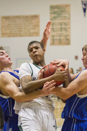 Boys basketball: Hawks lose heartbreaker to Cougars