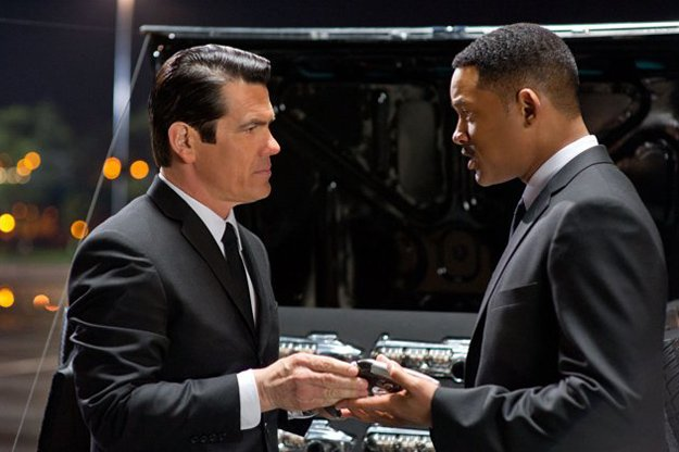 'Men in Black 3' forgets the fun