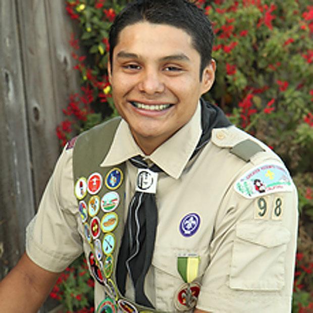 Bili de Jesus Lopez earns Eagle Scout award