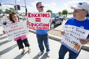 Teachers protest budget in Sacramento