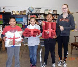 Local high school students help the homeless