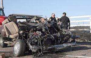 3 die in accident