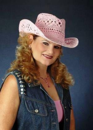 Stockton singer Joni Morris to honor Patsy Cline at Hutchins Street Square in Lodi