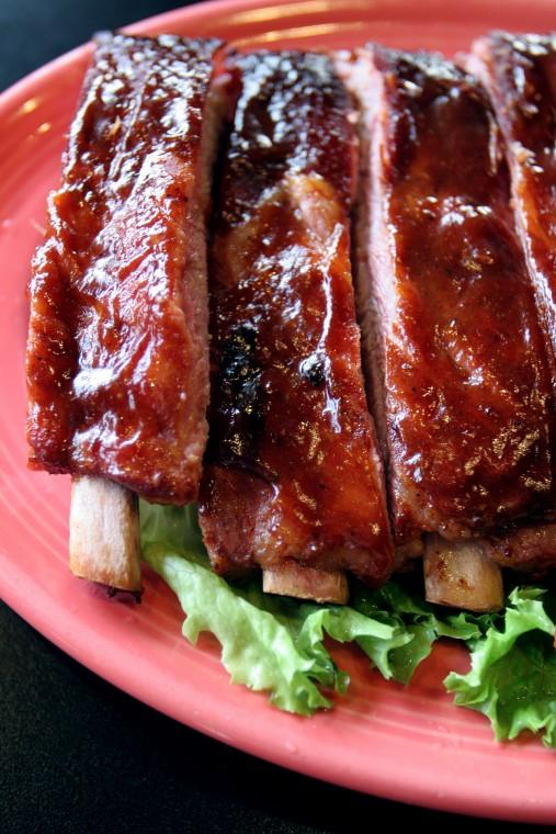 Want ribs? 'Slaw? Stick around Lodi at the Tin Roof BBQ