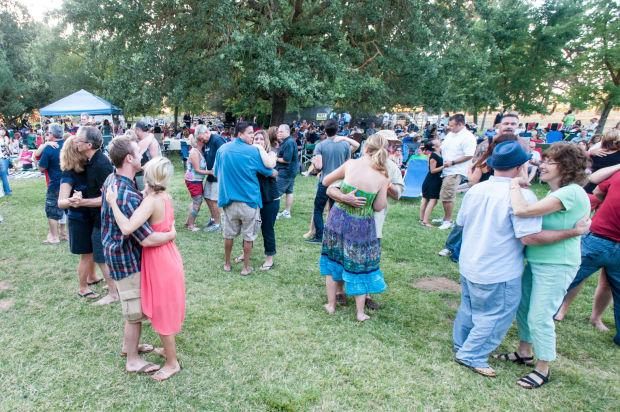 Groovin' at Jessie's Grove Winery