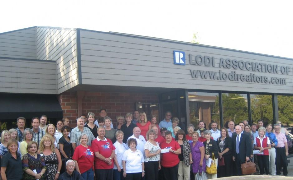 Lodi Association of Realtors presents $1,000 to Support Our Troops