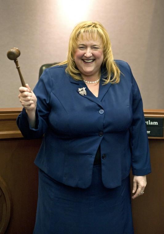 Lodi City Council elects JoAnne Mounce mayor in a surprise 4-1 vote