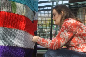Crafty volunteers 'yarnbomb' Lodi Library