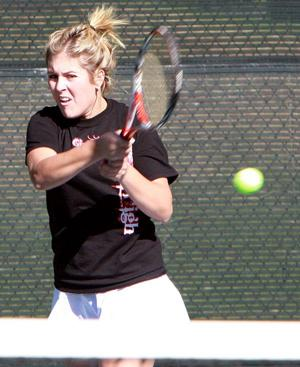 Anna Adams reaches tennis semis