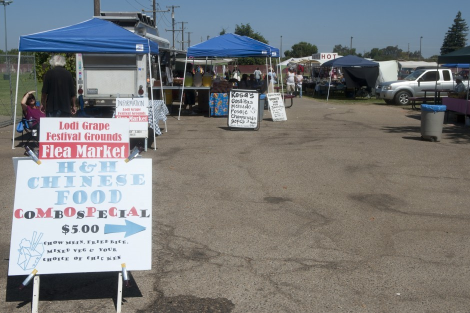 Saturday crowd thin but steady at Lodi Flea Market