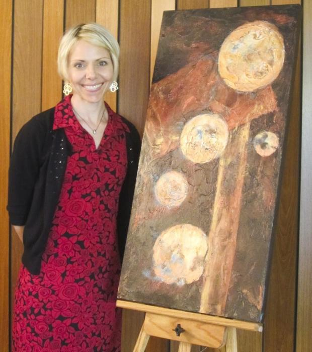 ARTZ chapter founder Tiffany Paige helps Alzheimer's patients