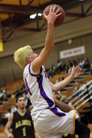 Tigers rally then hold off the Delta Kings