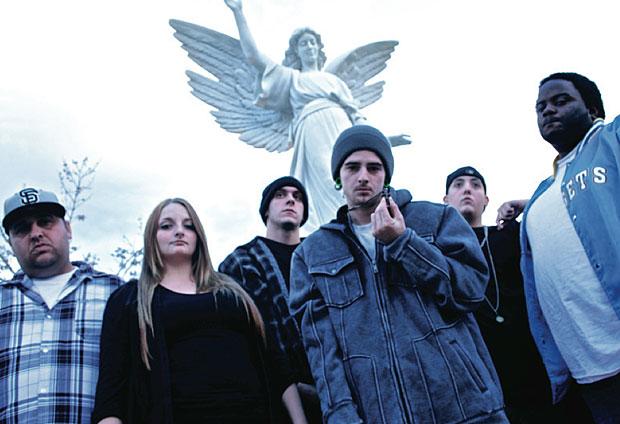 No Mutiny Cliq: Lodi rap group has big ambitions for the 209