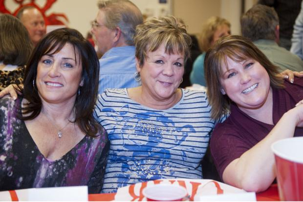 LOEL Center and Gardens Crab Feed Fundraiser