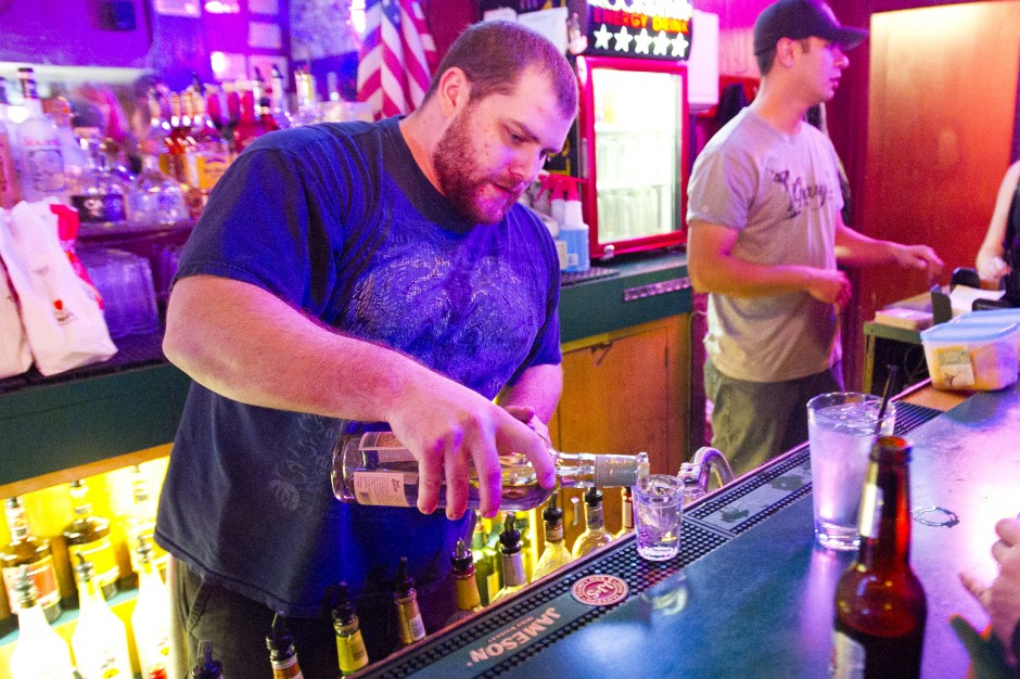 Lodi bars host 'college night'