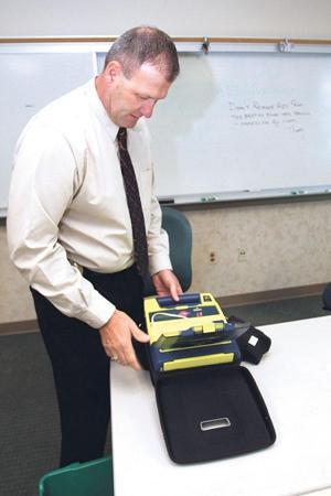Lodi police get 4 new defibrillators