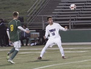 Boys soccer: Tigers, Bulldogs get defensive in draw