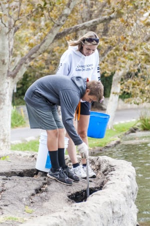 Coastal Cleanup at Lodi Lake