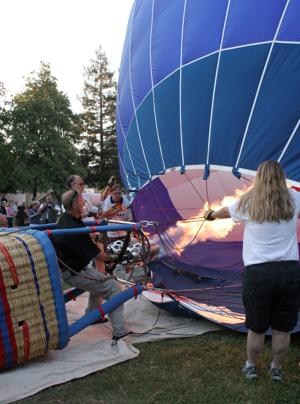 Hot air balloon takes flight for Field and Fair Day in Lodi