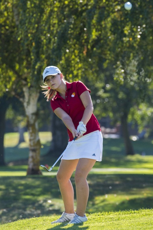 Flames ace Bulldogs in girls golf
