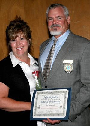 Lodi Masons present Mason of the Year award